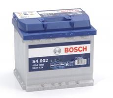 Аккумулятор автомобильный Bosch S4 Silver 52 R