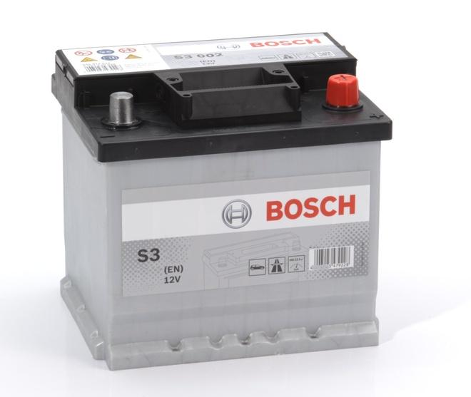Аккумулятор автомобильный Bosch S3 40 R